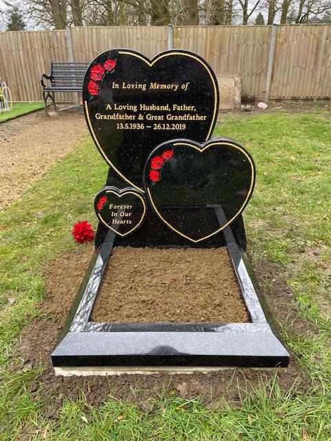 triple heart mini kerbed memorial