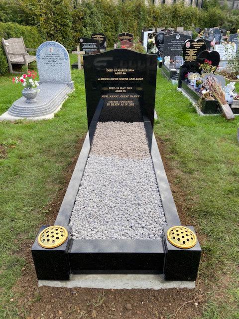 MB133 full kerb memorial