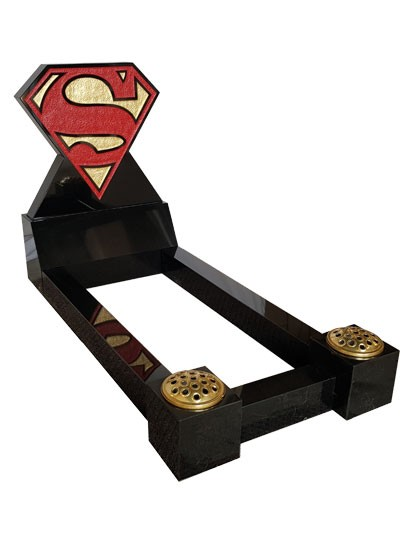 Children's Memorials - Superman Mini Full Kerb